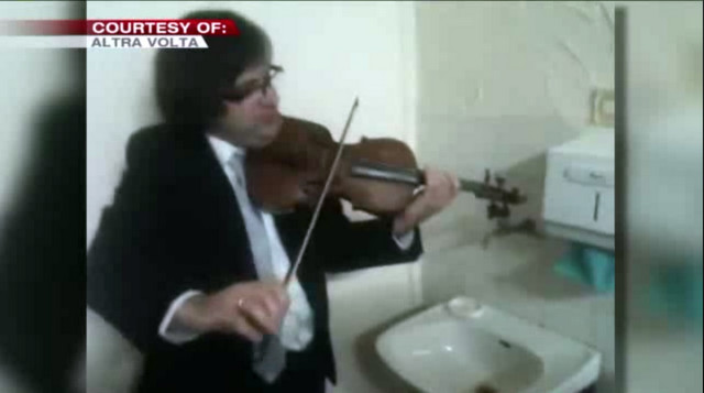 Jacek Dzwonowski Altra Volta kwartet smyczkowy. Triple Concerto for faucet violin and water pipe